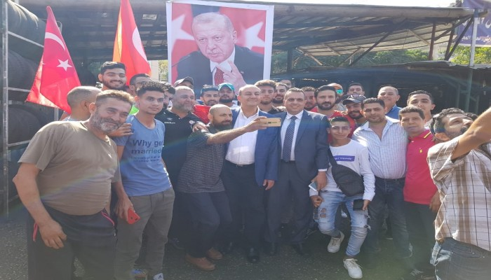 شاهد.. لبنانيون يعلنون دعم نبع السلام خلال جولة للسفير التركي