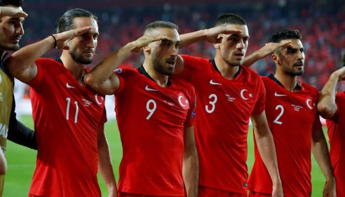 وزير الخارجية الفرنسي يلغي حضوره مباراة بين بلاده وتركيا بتصفيات يورو 2020