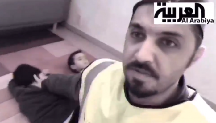 فيديو كوميدي لناشط تركي عن تغطية قناة العربية لنبع السلام