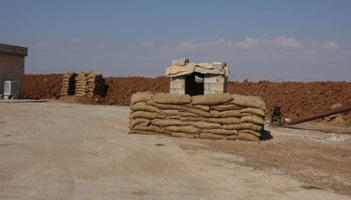 الأكراد ينسحبون من نقاط عسكرية قرب الحدود التركية (فيديو)