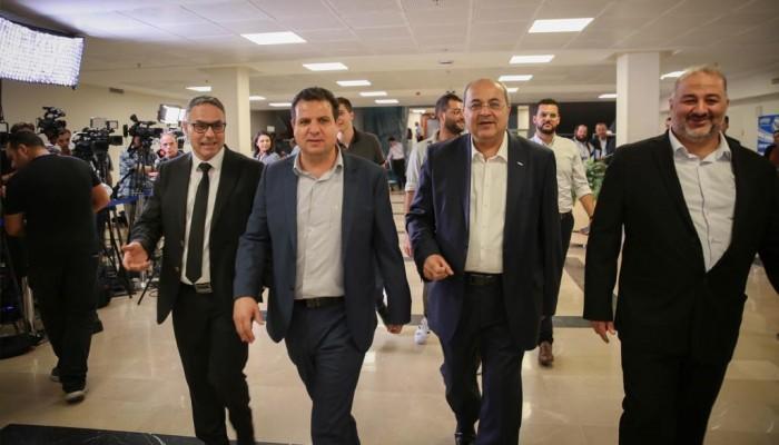 الأحزاب العربية ترفض التفاوض مع غانتس منفردة
