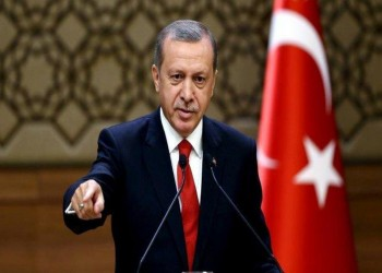 أردوغان يكشف ما تفعله أمريكا في المنطقة الآمنة بسوريا
