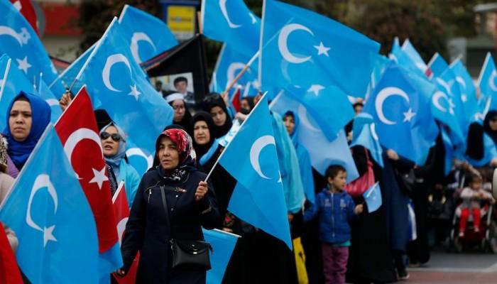 واشنطن قلقة من ملاحقة بكين لعائلات ناشطي الأويغور