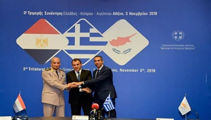 وزراء دفاع مصر واليونان وقبرص يبحثون التنقيب التركي بالمتوسط