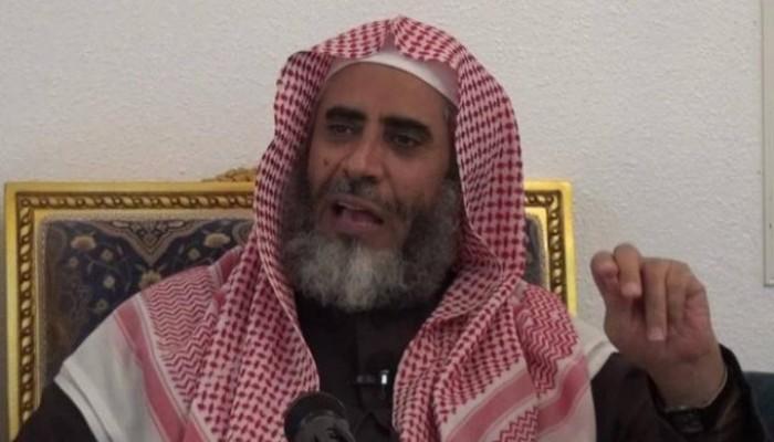 نقل الداعية السعودي عوض القرني للمستشفى بسبب تسمم دوائي
