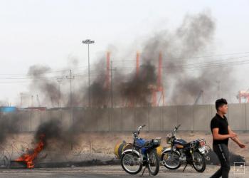 محتجون يسدون مدخل ميناء أم قصر العراقي.. وتراجع عملياته 50%