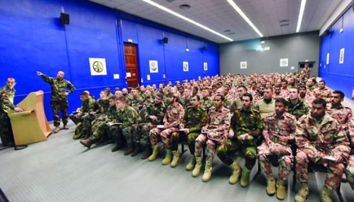 بدء مناورات عسكرية بين عمان وفرنسا