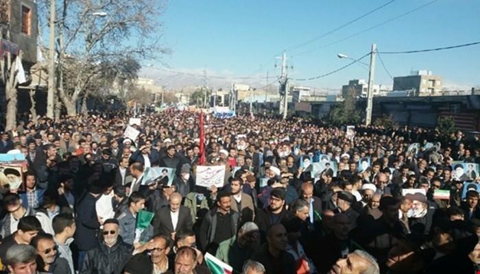 مسيرات في عدة مدن إيرانية لتأييد الحكومة