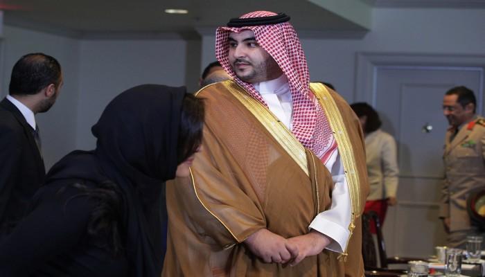 فورين بوليسي: هل يستطيع خالد بن سلمان إنهاء حرب اليمن؟