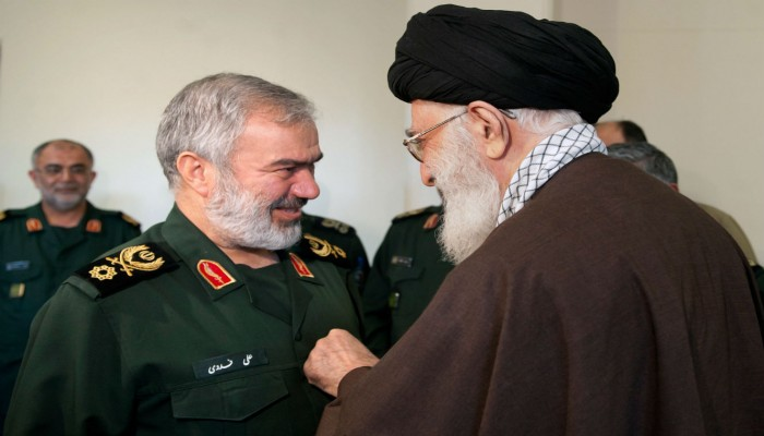 لوب لوج: عقوبات أمريكا تتحدى قدرة النظام الإيراني على الصمود