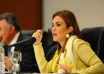 إعلامي مصري يهاجم وزيرة الاستثمار: مش قادرة تقرأ