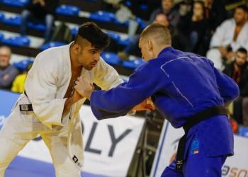 لاعب جودو إيراني يعتزم المشاركة في بطولة بإسرائيل