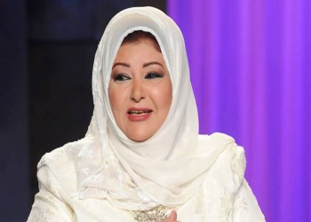 ممثلة مصرية تنتقد زميلاتها بسبب الحجاب.. ماذا قالت؟