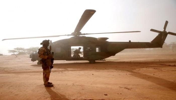 استطلاع: أغلبية الفرنسيين يؤيدون العملية العسكرية في مالي
