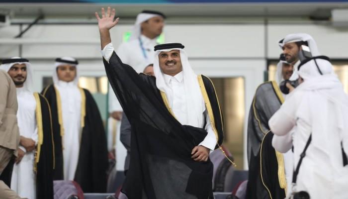 أمير قطر يحضر نهائي خليجي 24 ويتوج الفائز بالكأس