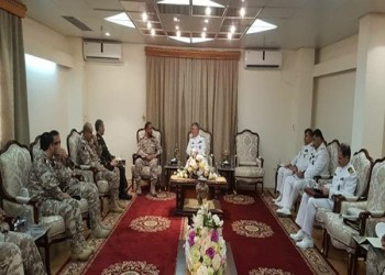 قطر تعقد مباحثات عسكرية مع إيران وتدعوها لمناورات