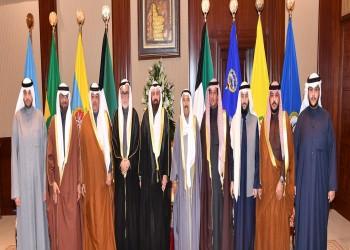 الطبطبائي والدوسري يزوران أمير الكويت لتقديم الشكر بعد العفو عنهما
