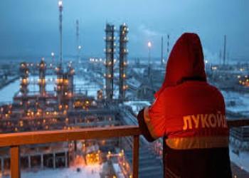 روسيا تتقدم على السعودية والمكسيك في إمدادات النفط إلى أمريكا
