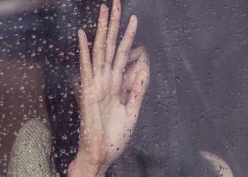 إنقاذ 21 فتاة كازاخية خضعن للاستعباد الجنسي بالبحرين
