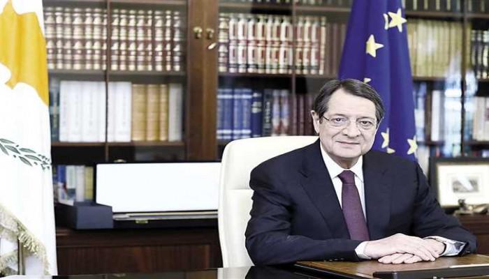 رئيس قبرص يستخدم طائرة رجل أعمال سعودي.. ويعتذر
