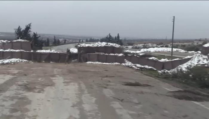 النظام السوري يحكم السيطرة على حلب.. وتركيا تغلق طريق M5 الدولي