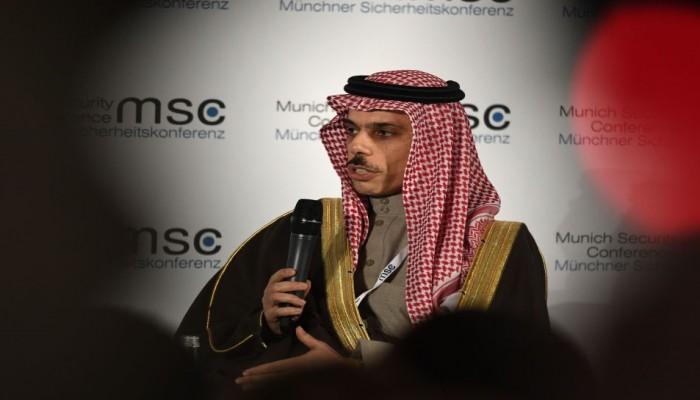 السعودية تجدد الترحيب بصفقة القرن وتدعو لمحادثات مباشرة