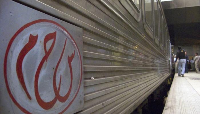 مصر.. خروج قطار عن القضبان بمطروح وإصابة 38 (صور)