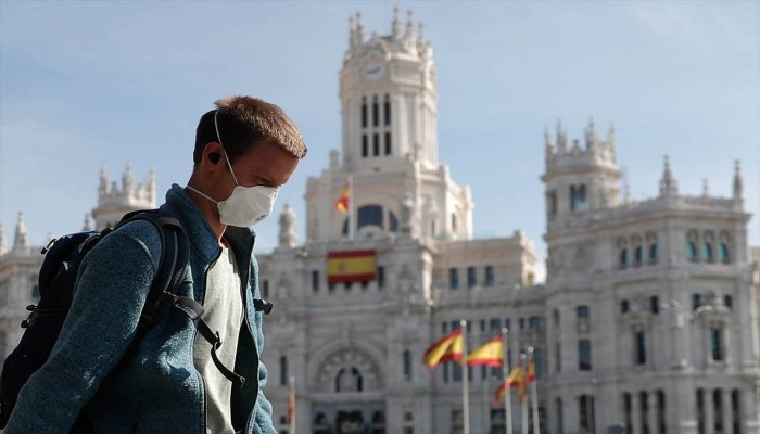 إسبانيا تسجل 5690 وفاة و72 ألف إصابة بكورونا