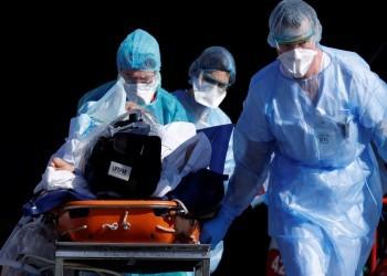 كبير مسؤولي الصحة بأمريكا يلمح لضرورة فرض حظر تجوال شامل