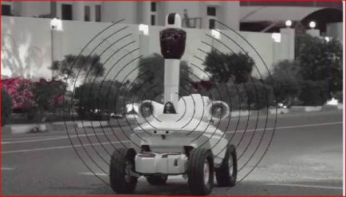 العساس.. روبوت قطري لرصد مخالفي قرار منع التجمعات