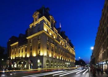 بلومبرج: الشيخة موزة والدة أمير قطر اشترت فندق ريتز لندن
