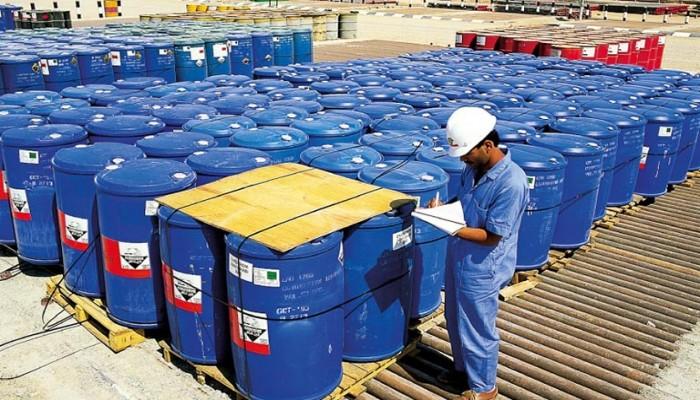 إنتاج عُمان النفطي يقفز 12.8% خلال مارس