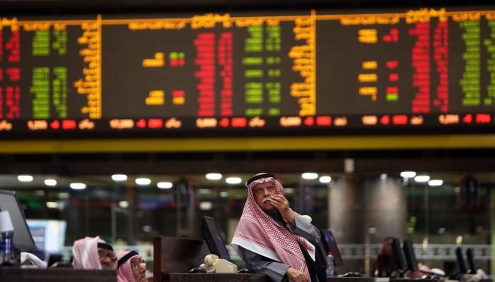 المونيتور: لهذا السبب ستفشل البنوك في إنقاذ اقتصادات الخليج