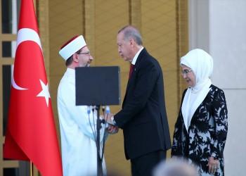 أردوغان يدافع عن مسؤول هاجم المثلية الجنسية