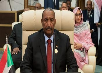 البرهان يبحث مع بومبيو رفع السودان من قائمة الإرهاب