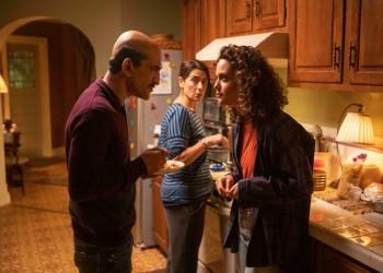 """عمرو واكد ومايا خليفة يشاركان في مسلسل """"رامي"""" الأمريكي"""