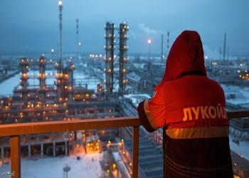 روسيا تستطلع آراء شركاتها لتمديد خفض إنتاج النفط من عدمه