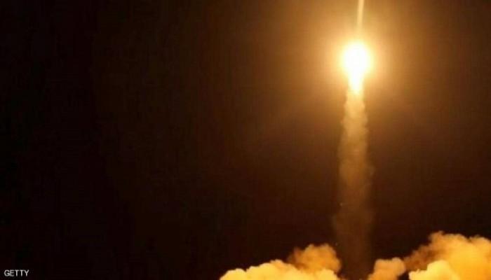 التحالف العربي: صاروخ باليستي حوثي سقط بمنطقة مدنية في مأرب