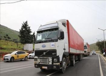 عبور 55 ألف شاحنة إغاثية وتجارية من تركيا إلى سوريا