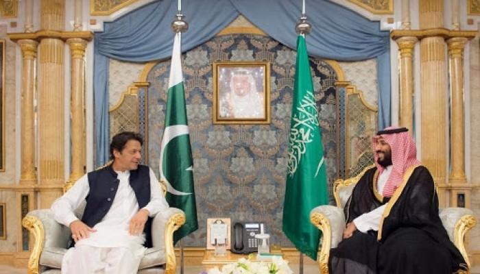 باكستان: نجحنا في تفادي صدام عسكري بين السعودية وإيران
