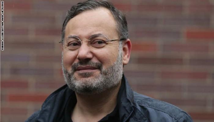 إثر جدل واسع.. أحمد منصور يعدل منشورا حول مرفأ بيروت والعثمانيين