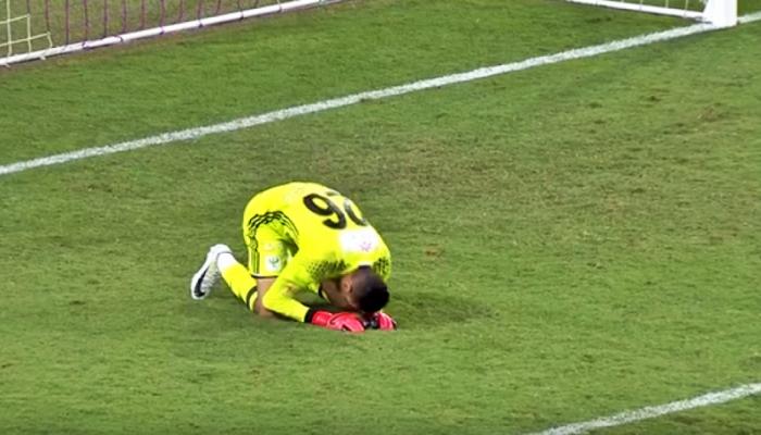 لاعب مصري يعلن اعتزاله كرة القدم بعد اتهامه بنقل كورونا لزملائه