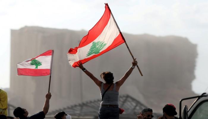 من باريس إلى طهران.. هكذا تسخر القوى التوسعية تفجير بيروت لخدمة مصالحها