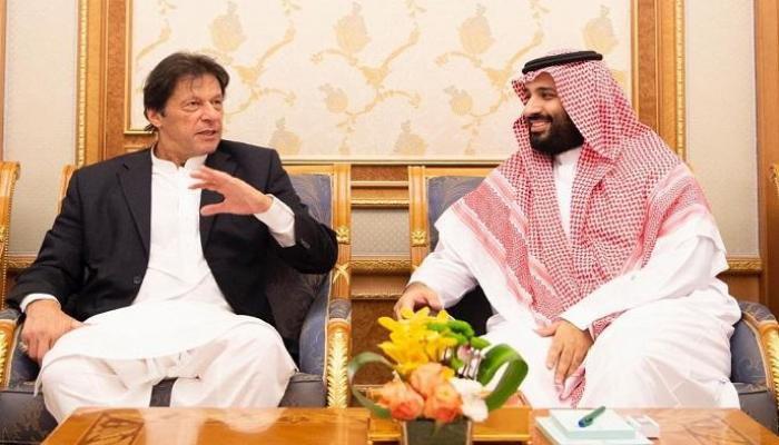 """أزمة كشمير """"تعمق"""" التوتر المكتوم بين السعودية وباكستان"""
