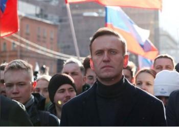 ميركل تطالب روسيا بتحديد هوية المسؤولين عن تسميم نافالني