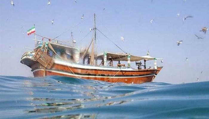 الإمارات تسلم إيران جثتي صيادين وتعتذر عن قتلهما