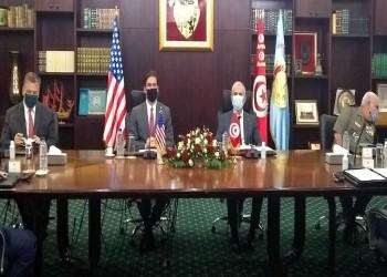 وزير الدفاع الأمريكي يصل إلى تونس