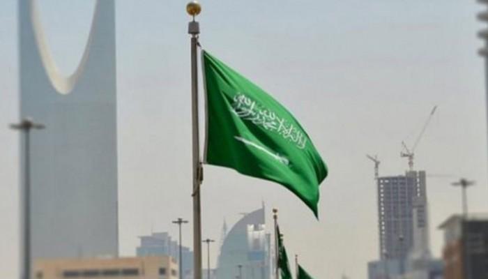 100 ألف ريال تعويضا لسعودي نشرت شركة صورته دون إذنه