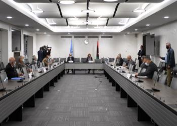 ليبيا واتفاق جنيف.. لماذا تناقضت مواقف القوى الإقليمية رغم توقيع مدعوميها؟
