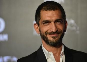 جدل واسع حول تعليق عمرو واكد على الحملة ضد الرسوم المسيئة للنبي محمد